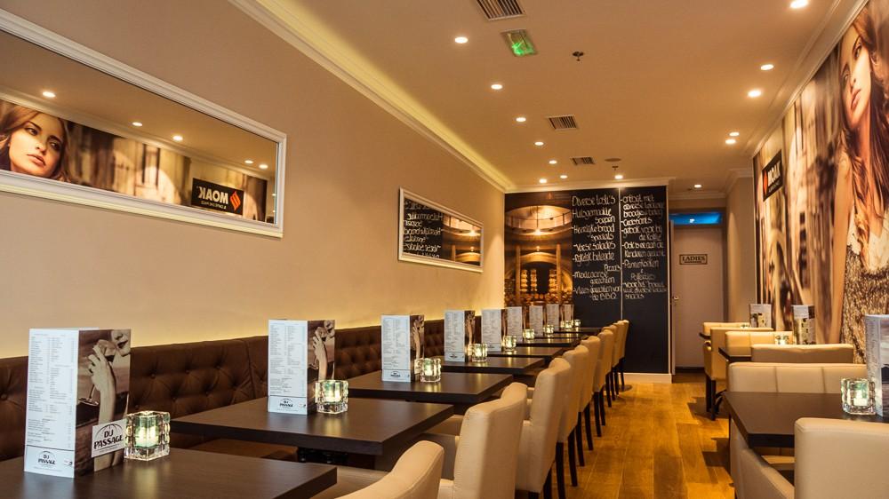 Bovenverdieping voor groepen van Du Passage eten drinken in Den Haag