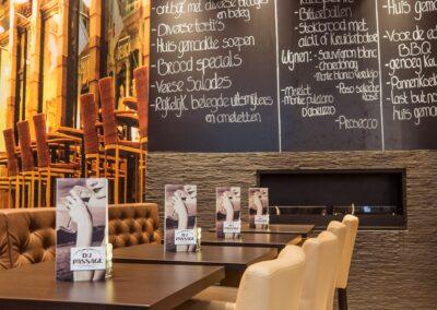 Interieur van Du Passage eten drinken in Den Haag