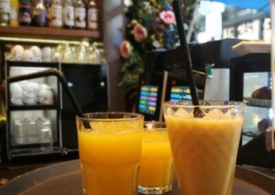 Verse sappen bij Du Passage eten drinken in Den Haag
